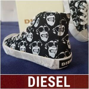 BRAND NEW DIESEL Super Trendy High Top Sneakers